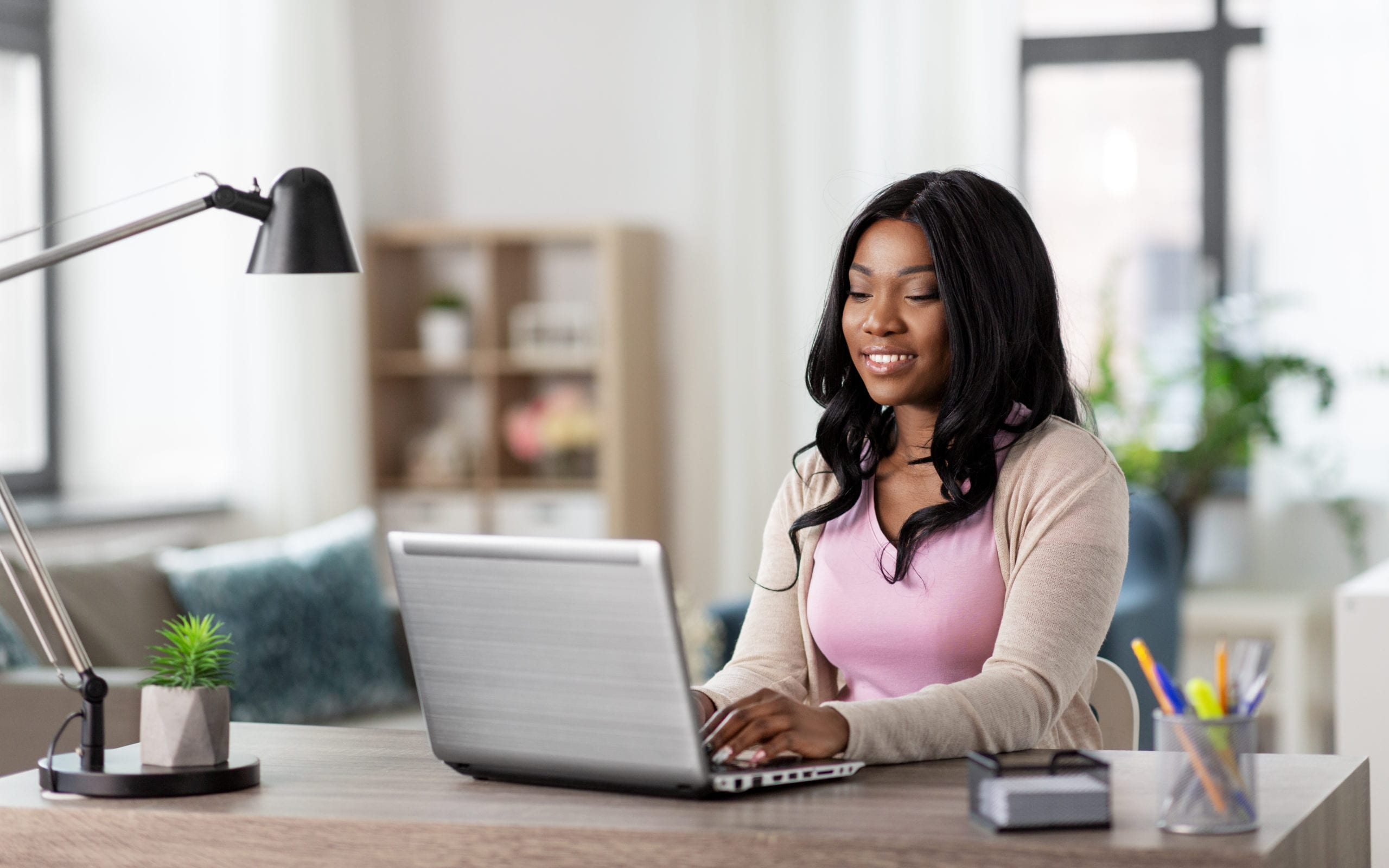 A women looking at abortion information online